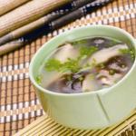 产妇补铁食谱:桃仁莲藕汤
